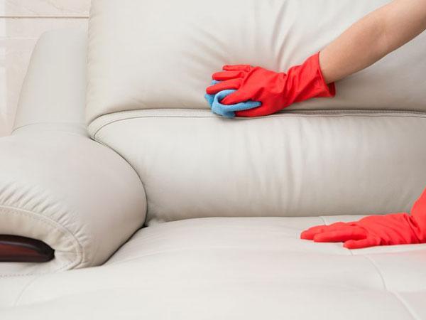 Giặt sofa tại nhà như thế nào mới hiệu quả?