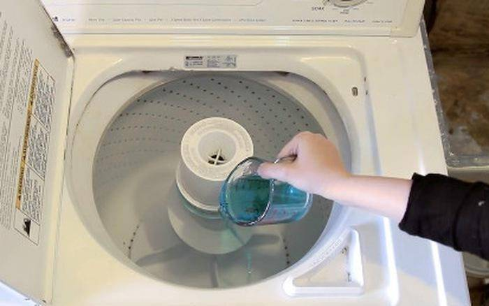 Mẹo hay: Vệ sinh máy giặt bằng baking soda